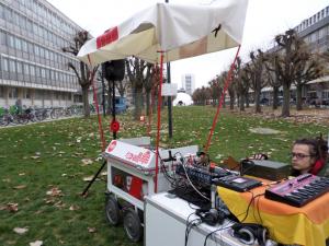 Essai musique drone et retransmission en direct de l'émission radio tenue sur le festival